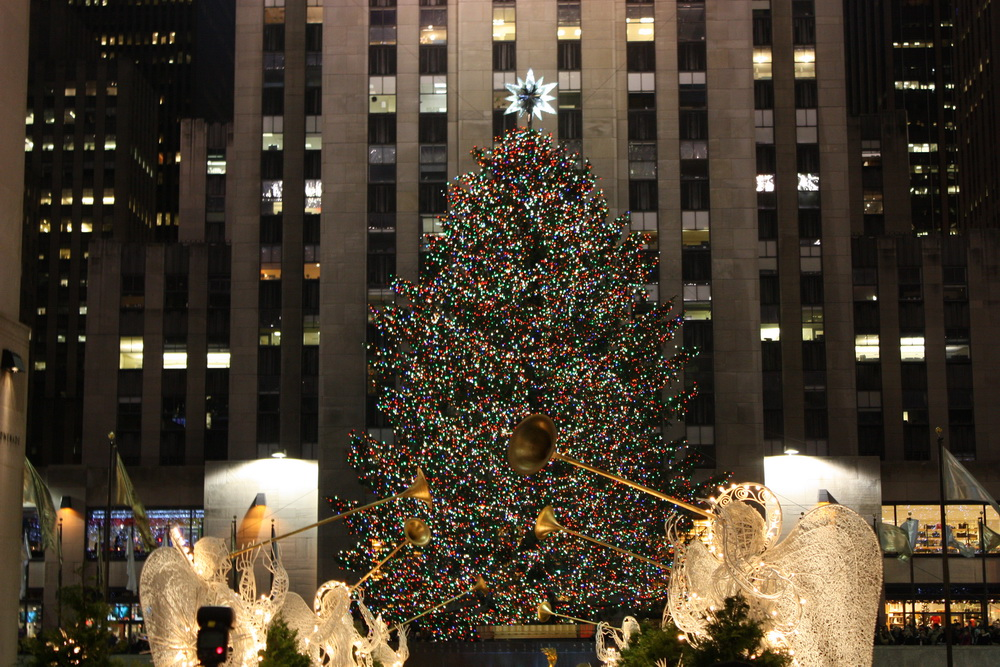 weihnachtsbaum am rockefeller center. Black Bedroom Furniture Sets. Home Design Ideas